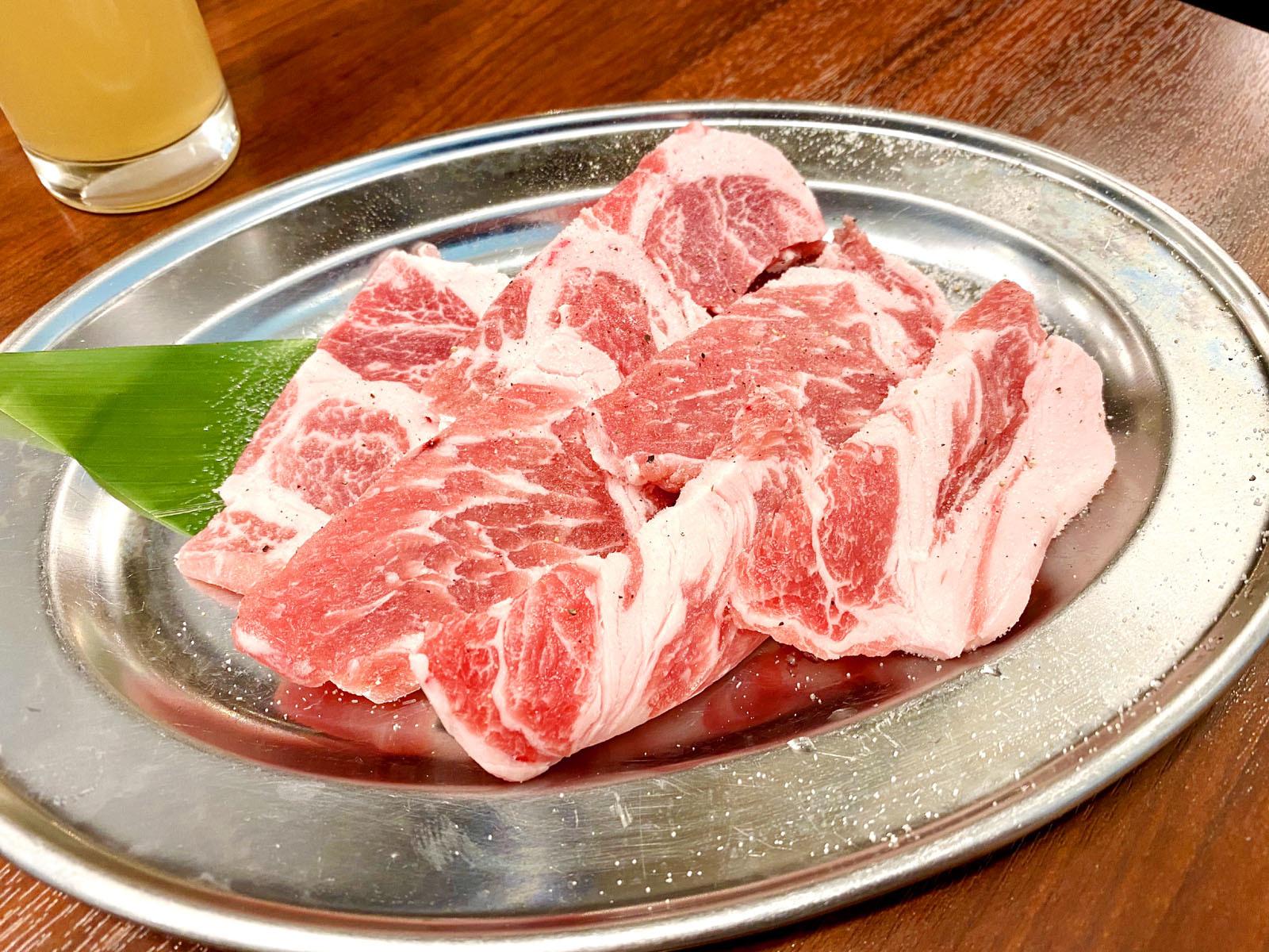 金華豚カルビ 680円(税別)
