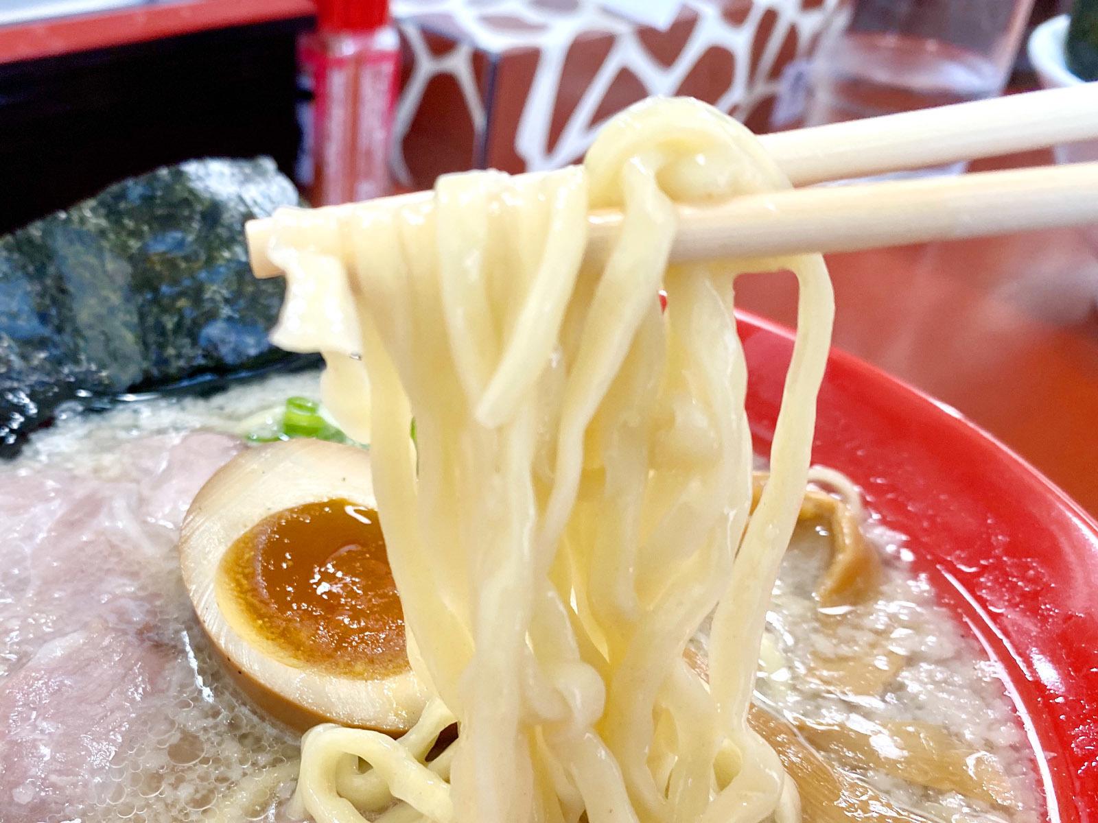 はまんど(平手打ち麺) 780円(麺リフト)