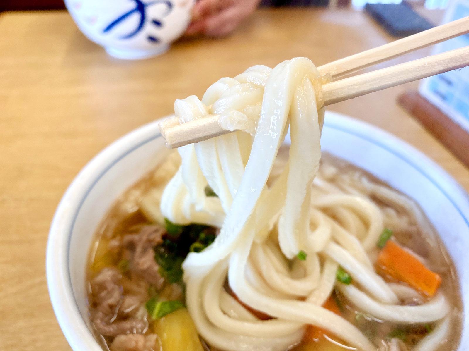 しょうゆ天狗うどん 小 530円(麺リフト)