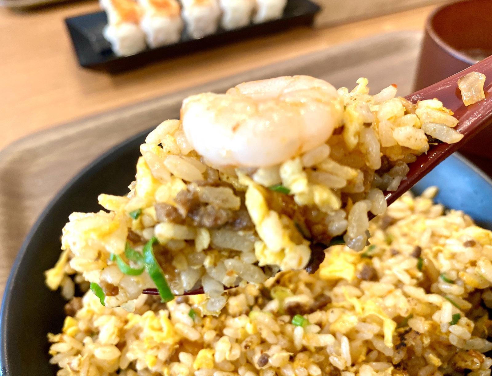 ドラゴン炒飯 560円(1辛 +0円)飯リフト