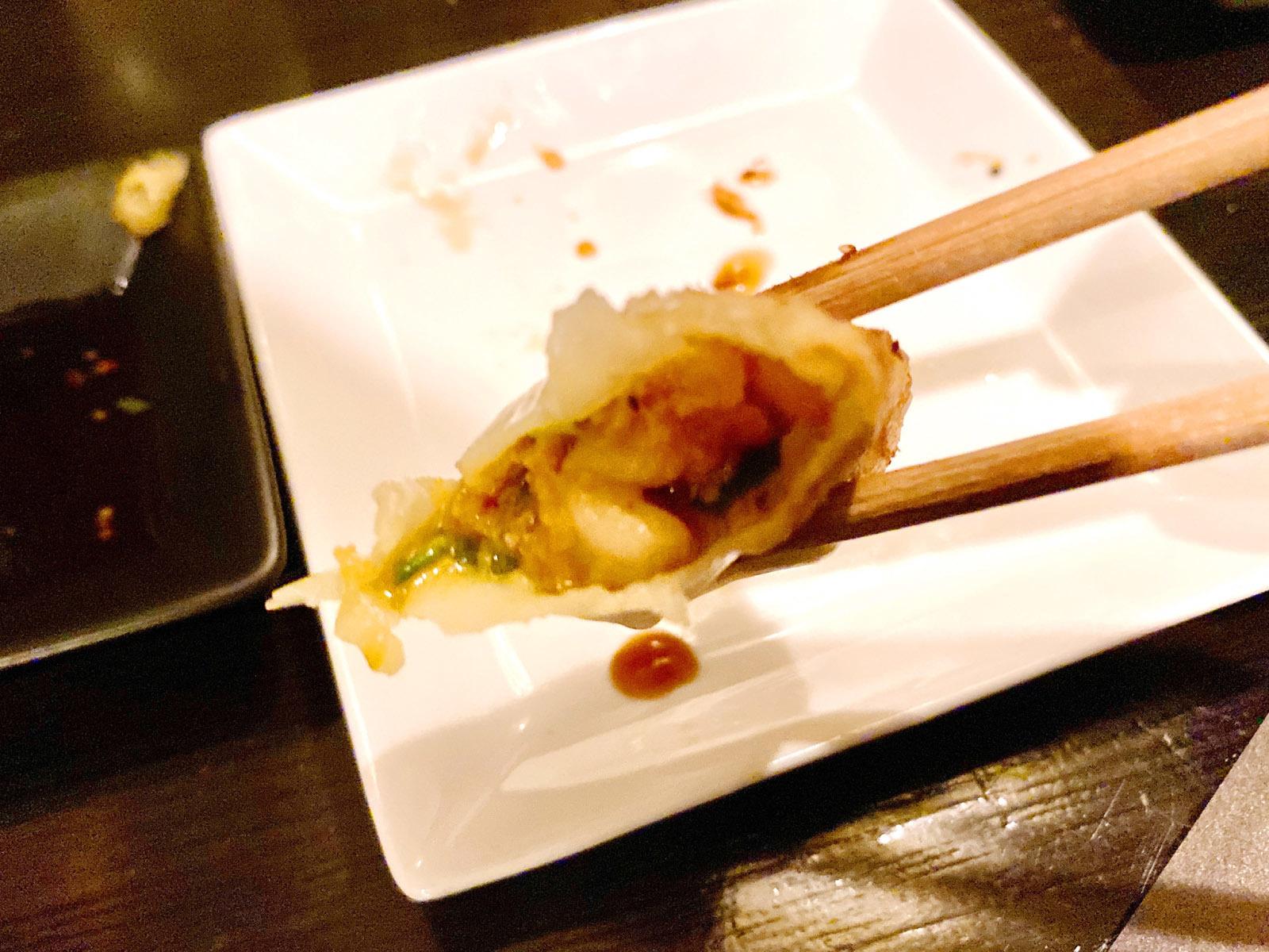 豚キムチ餃子5コ 450円 中身