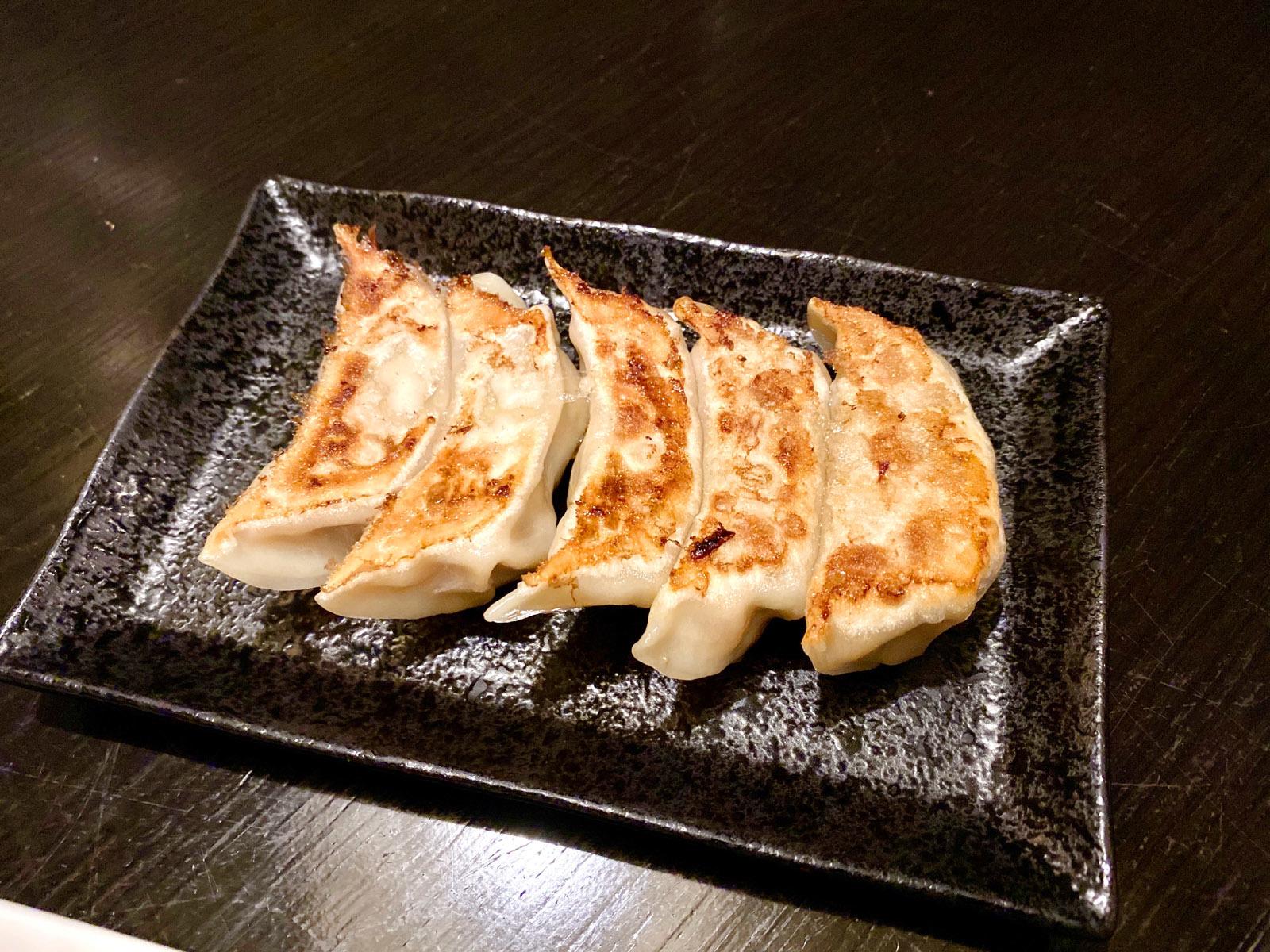 豚キムチ餃子5コ 450円