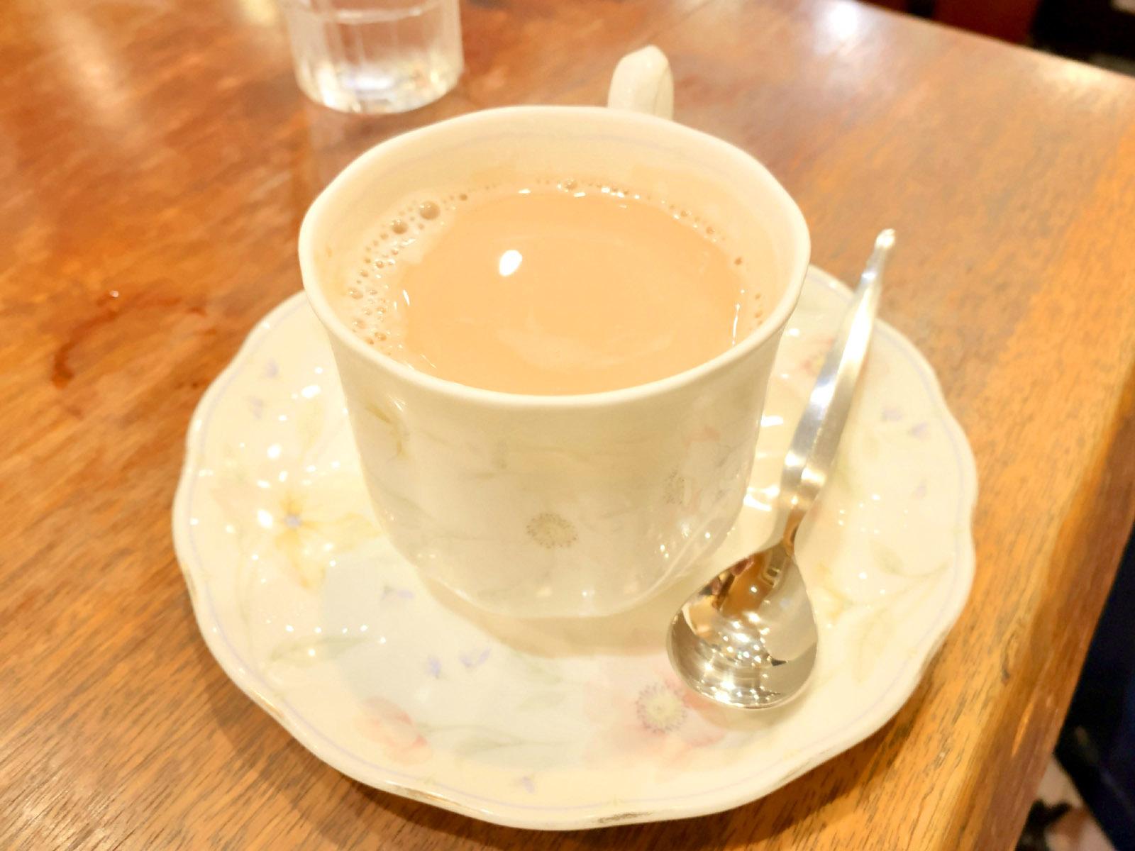 カフェオーレ 300円