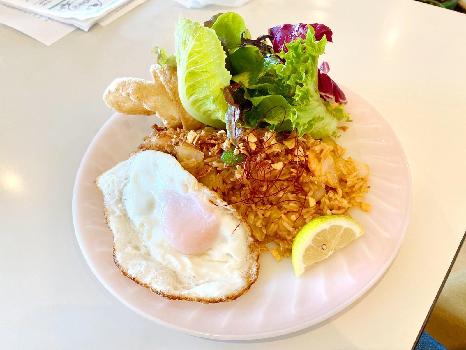 ナシゴレン(小エビのスパイシー炒飯) 900円(税抜)