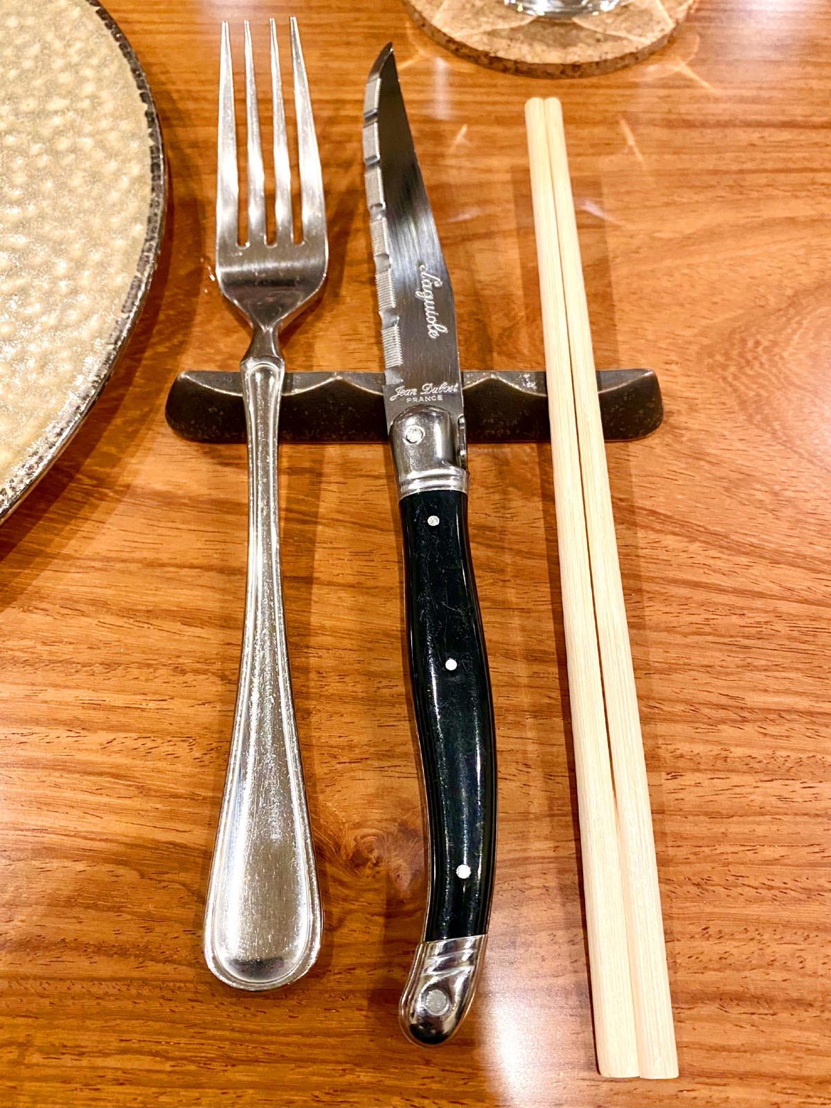 ビストロ ミューザンミュー 18 Jean Dubost Laguiole (ジャン・デュボ社のライヨール)のステーキナイフ