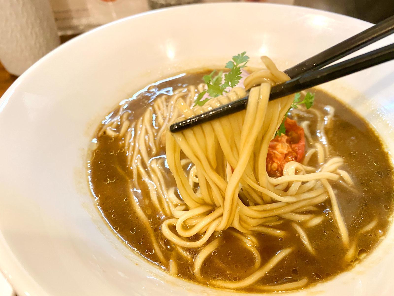 らぁ麺すずむし 07 限定 山すず伽喱麺 900円(麺リフト)
