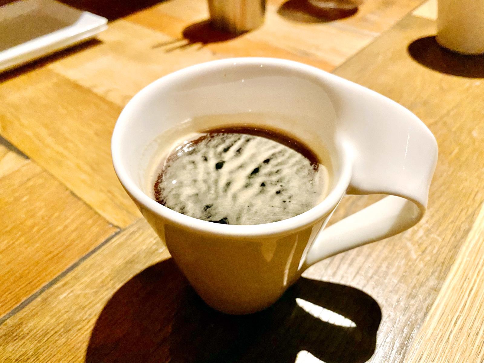 食後のコーヒー&たこ焼き風シュークリーム(コーヒー)