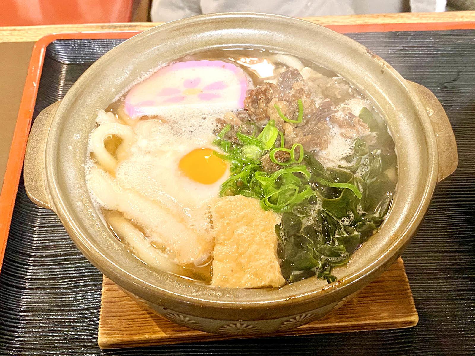 大円 鍋焼うどん 680円