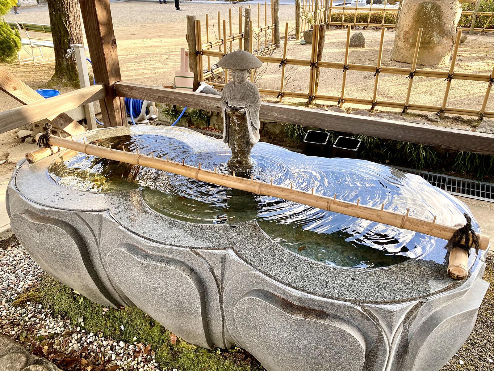 一宮寺 手水舎