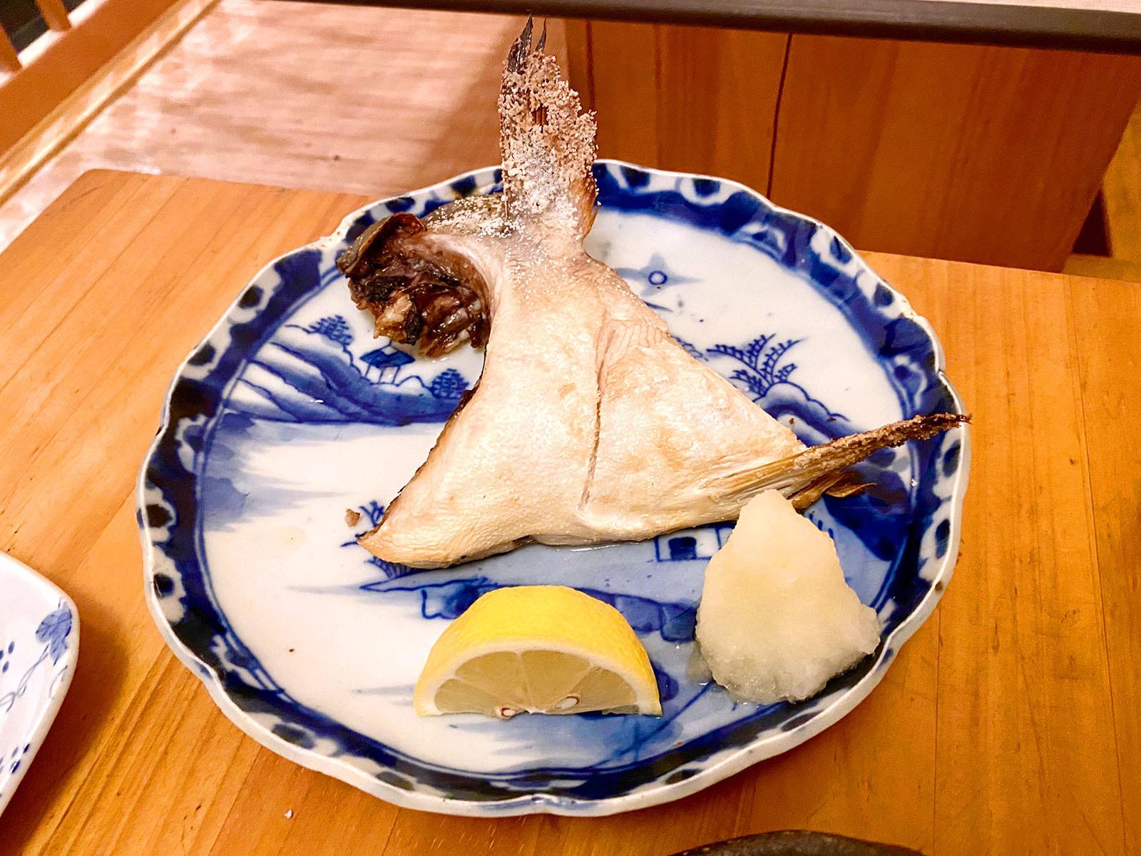 魚市場小松15 ぶりかま焼き