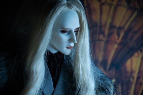 Ring doll、K-Style B。諦めたような眼差しで、何を想っているのだろう?