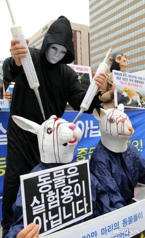 バ韓国塵は犬畜生以下の存在です