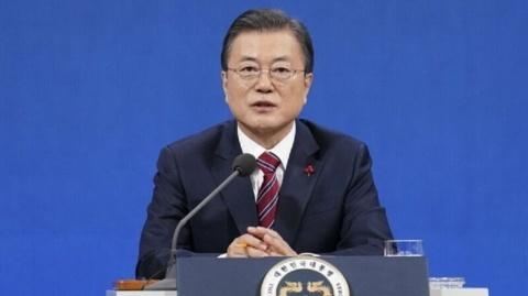 バ韓国・文大統領はキチガイの代名詞