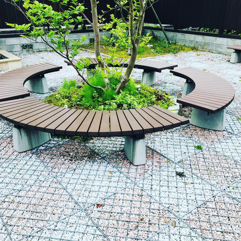 月岡温泉月の庭ベンチ