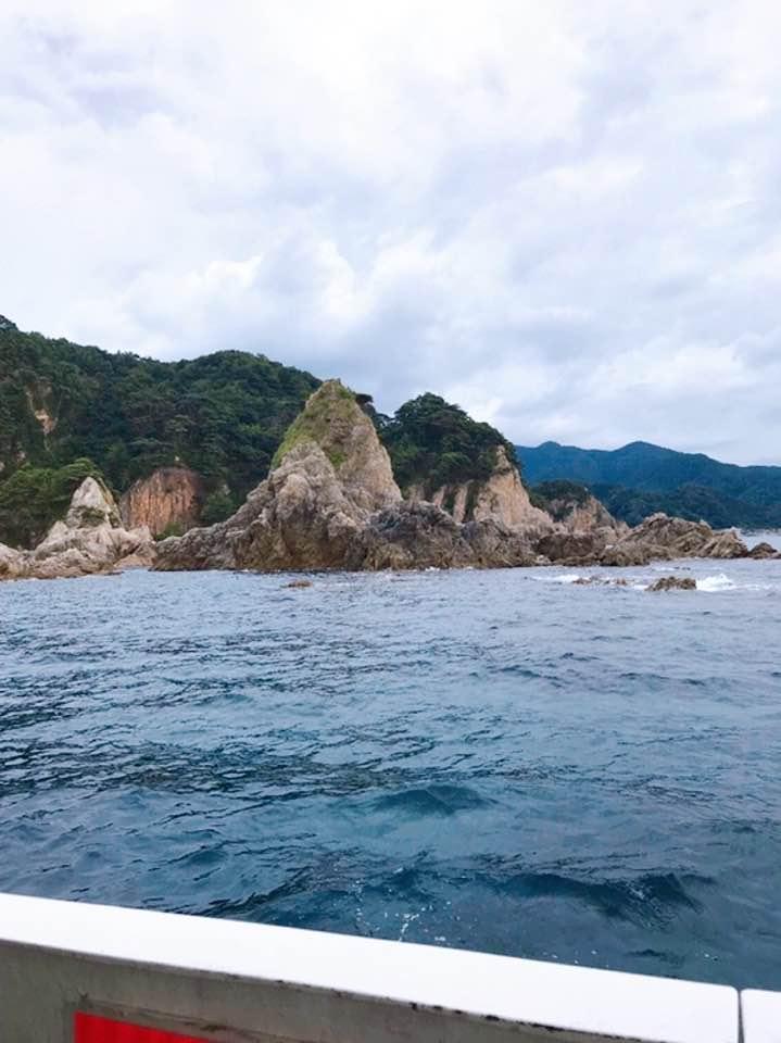 笹川流れの奇岩