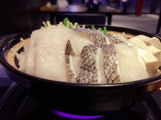 タラ 鍋 韓国 食べ残し 汚物