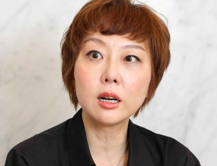 朝日新聞・室井佑月氏  「『日本から出ていけ』。あたしは何度もこの言葉を浴びせられた。自分とは違うから日本から出ていけと軽々しく言う愚か者こそ居なくなって貰いたい。ついそう思うあたしも安倍的なものにやられたのか」