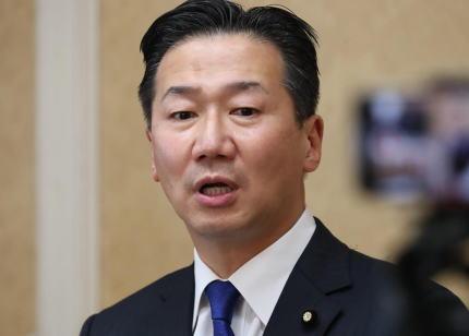 菅義偉首相「GoTo」運用見直し→ 野党が一斉に批判 「遅きに失した」「いつから停止するかは明らかになっておらず、国民が混乱するばかりだ」