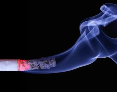 禁煙 喫煙 タバコ