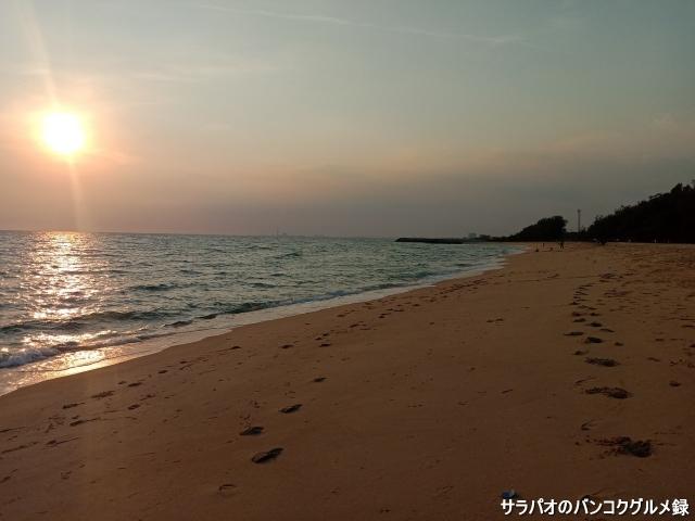Hat Laem Charoen / หาดแหลมเจริญ
