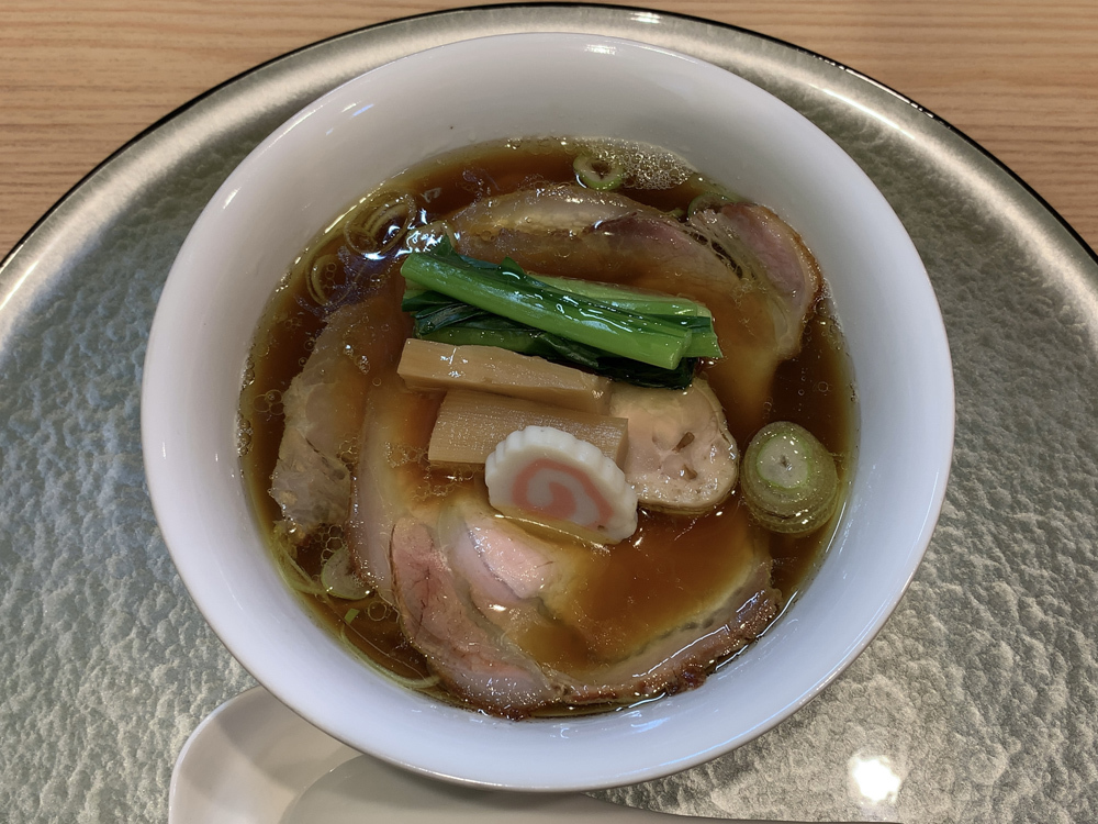 中華そば 深緑 -- 深緑黒出汁 知床鶏モモもろみ・ポーク(3枚)