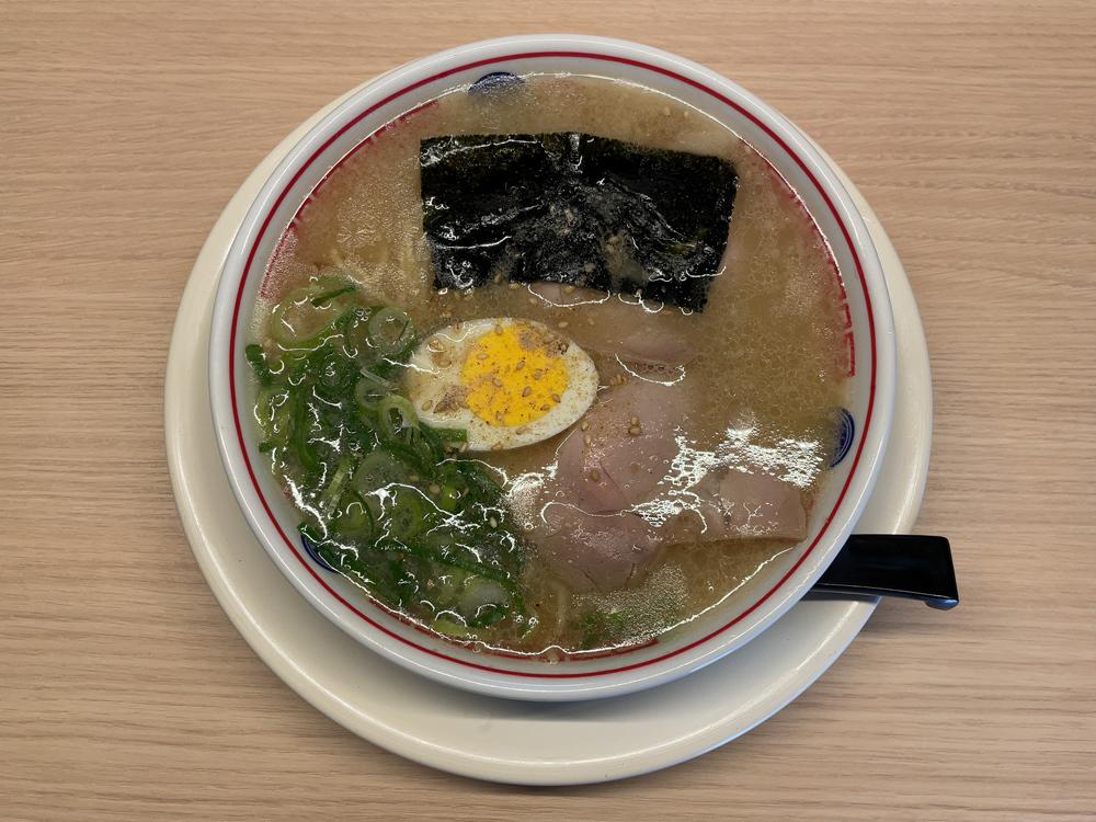 ラーメン 空ノ色 -- 淡口豚骨ラーメン