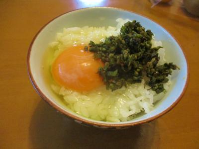 201007玉かけご飯紫蘇穂の醤油漬のせ