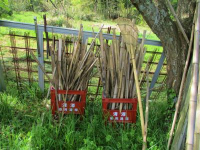 210412割竹の支柱