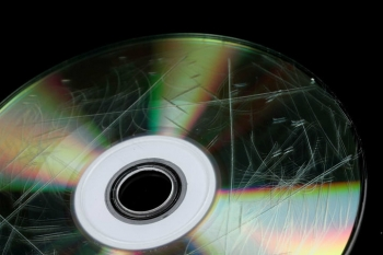 ugly-scratched-dvd-1.jpg