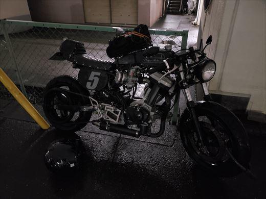 雨の日バイク (7)