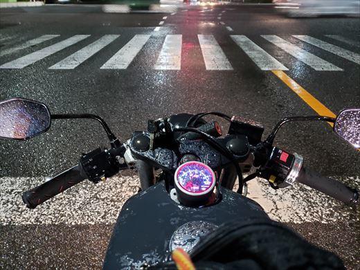 雨の日バイク (13)