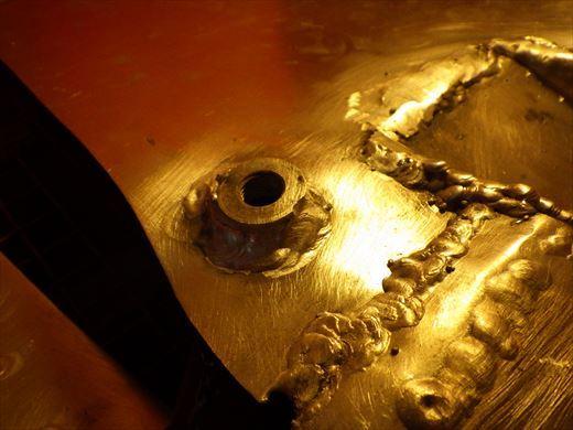 ブラストのタンク加工 (3)