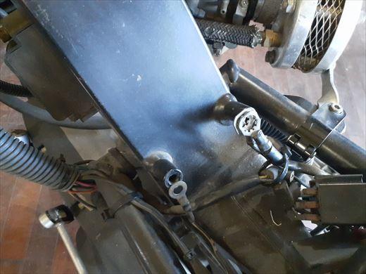 ブラストのタイヤ交換 (2)