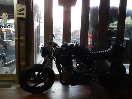 バイクにカメラ (1)