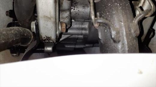 オイル漏れ (4)