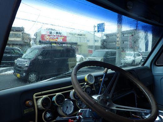 エコノライン車内 (1)