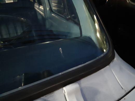 窓枠コーキング (29)