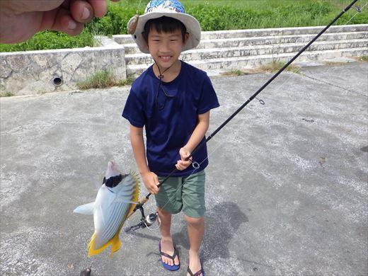 与那原マリーナで釣り (24)