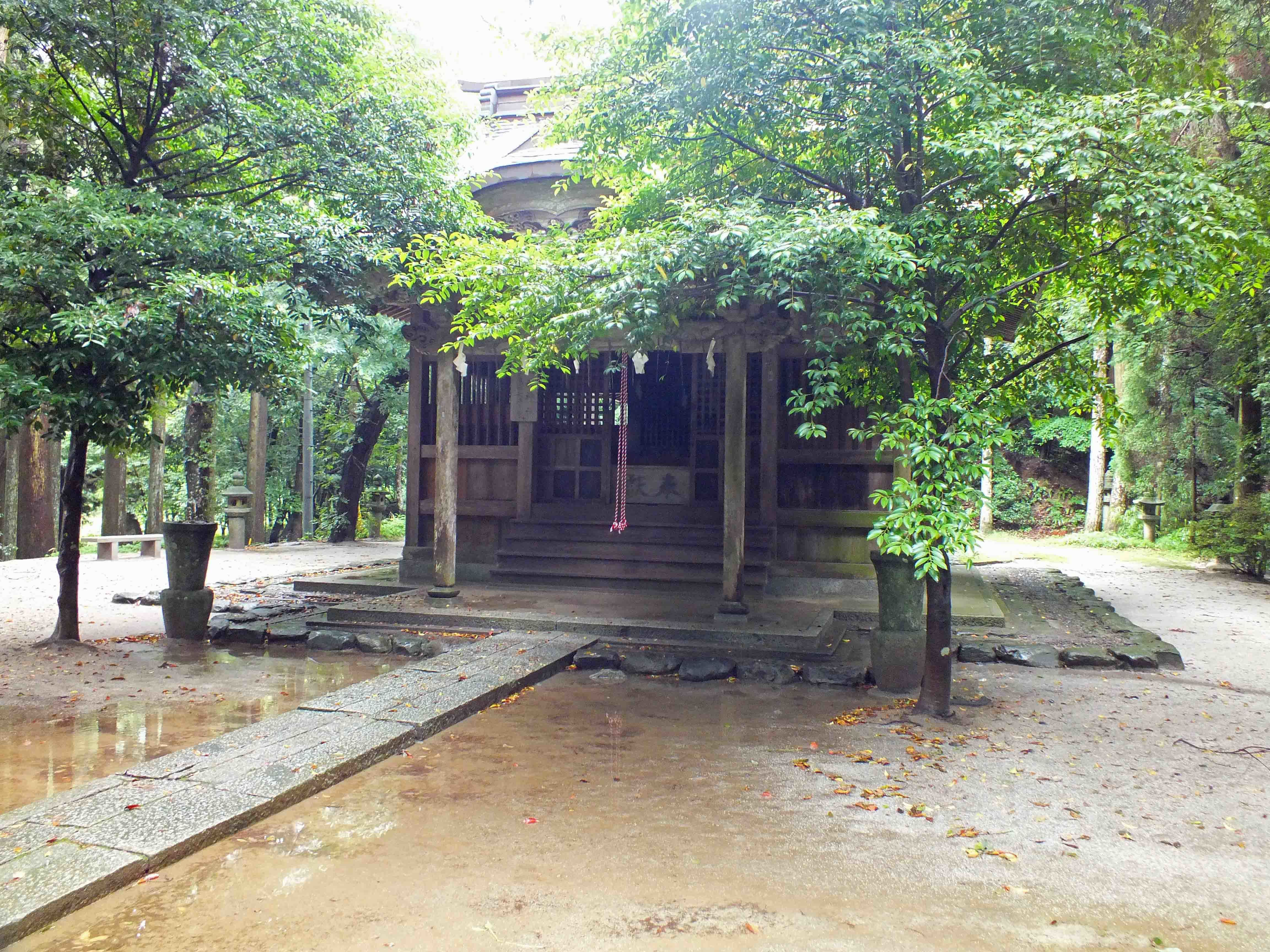 垂裕神社本殿