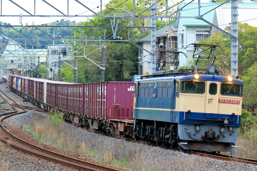 900-EF65-210409E0.jpg